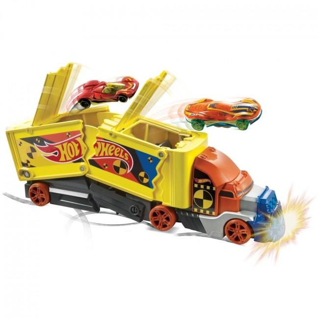 "Вантажівка ""Шалене зіткнення"" Hot Wheels"